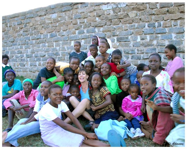 Suzanne F. Stevens - Kenya Enjoy